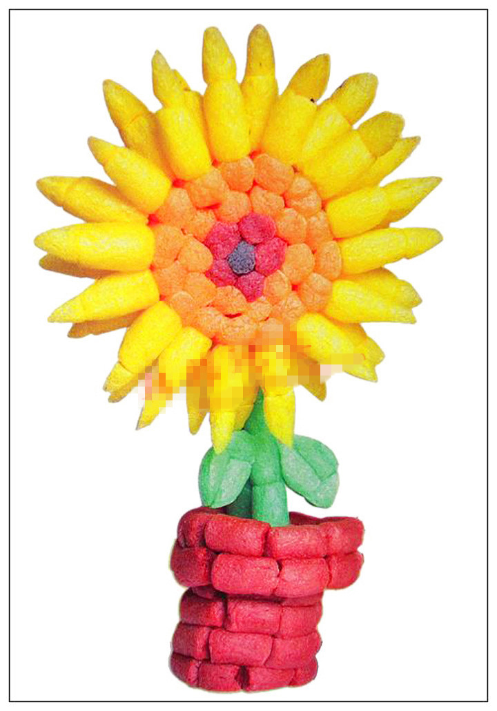 MAGIC CORN Materials: Non-toxic Corn Flour Contents: 280 colourful corn grains Features: Colourful corn grains are good materials for handicrafts. With imagination, your kid can work out a lot of brilliant works. All the elements in the grains are degrada